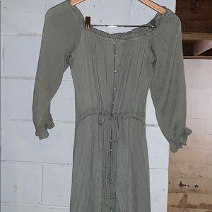 Vici Off the shoulder hi-lo dress